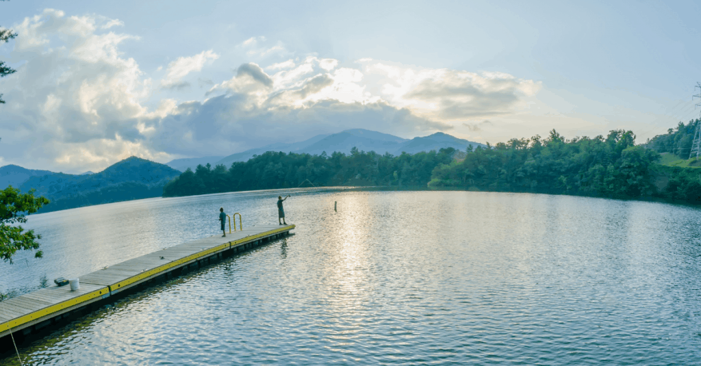 5 Fantastic Smoky Mountain Lakes You Can't Miss, Right outside of Great Smoky Mountains National Park in Tennessee, North Carolina, USA