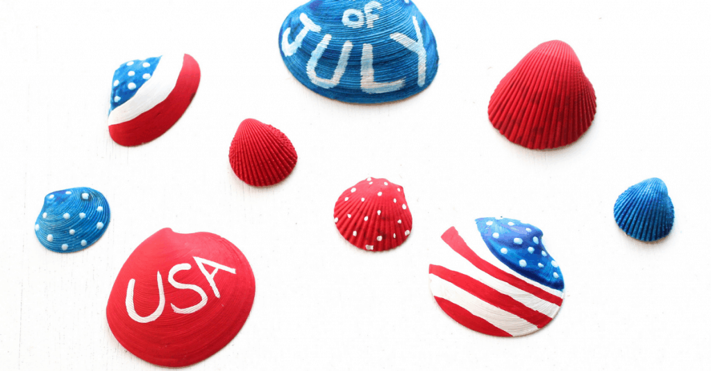 A fun red, white, and blue seashell craft for July 4th, Mom Explores The Smokies