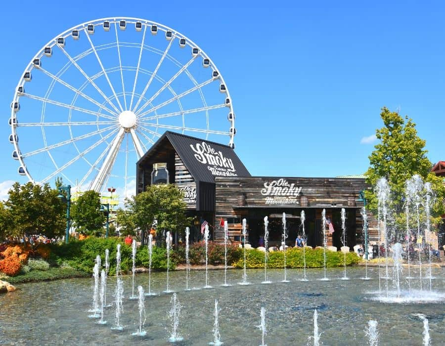 25 Free Things to Do in Pigeon Forge TN The Island